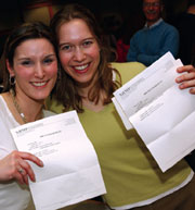 DMS graduates have a Match Day plea: 'The envelope, please!'