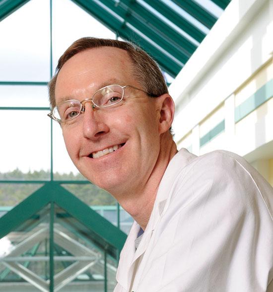 Dartmouth Medicine Magazine :: Faculty Focus : Brian Lacy