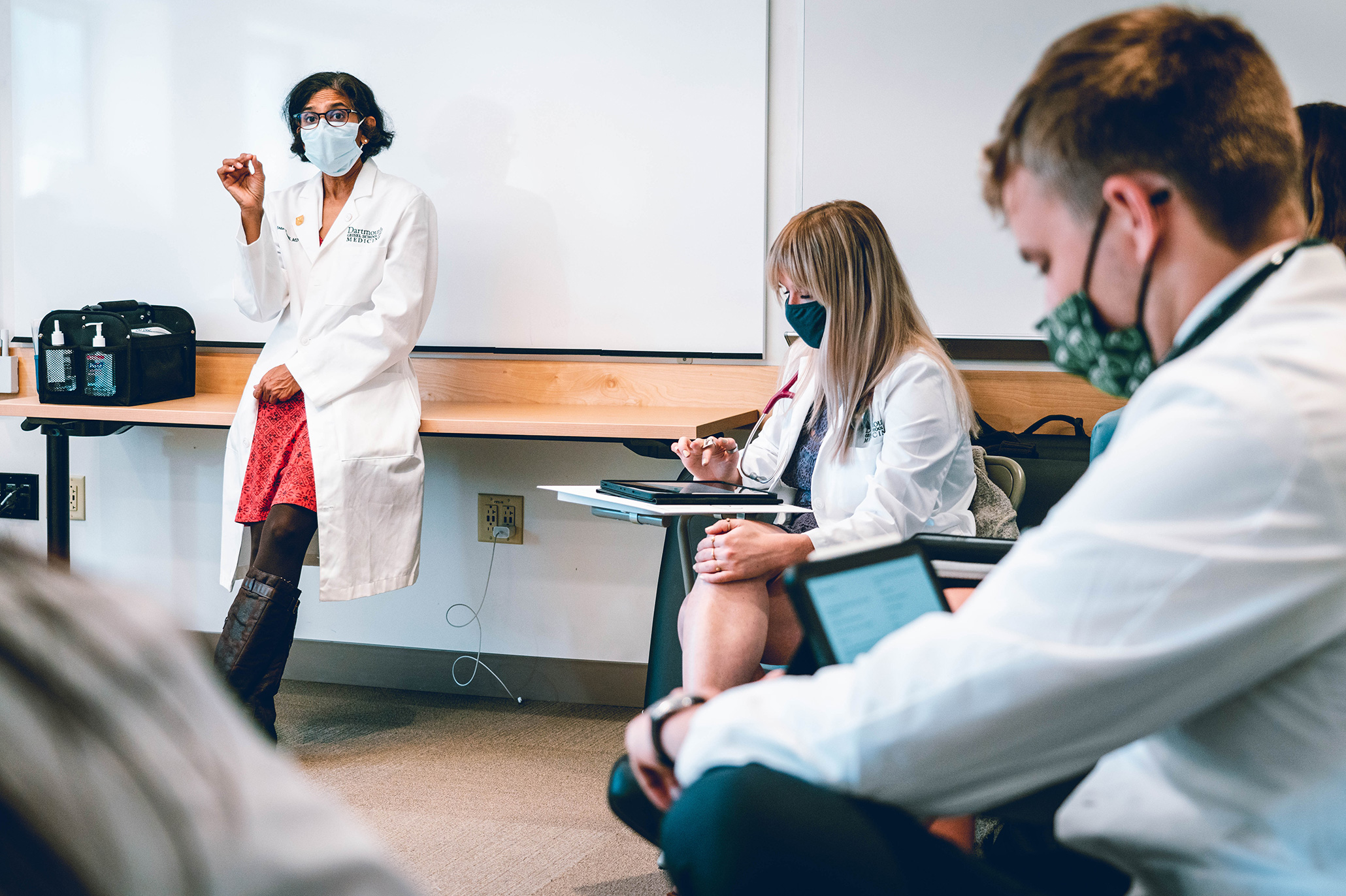 med students in class
